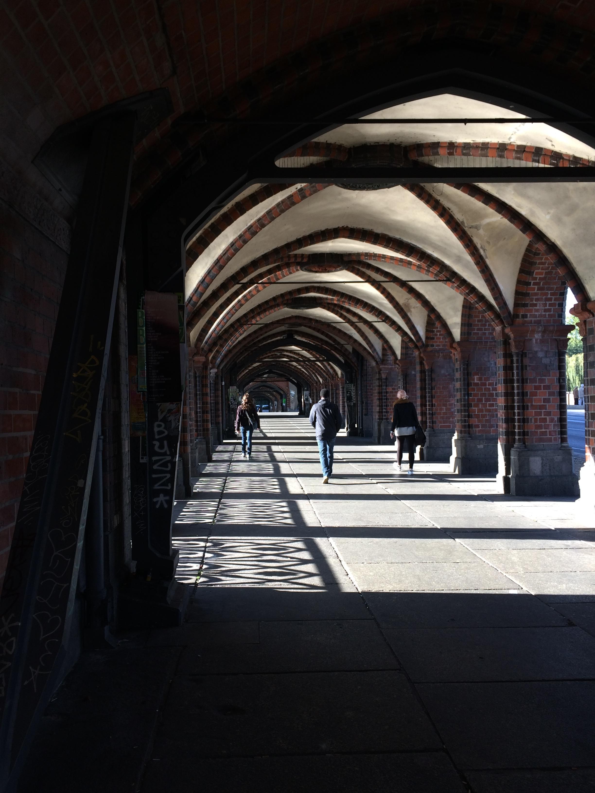 Visite du pont Schillingbrücke, près de East Side Gallery